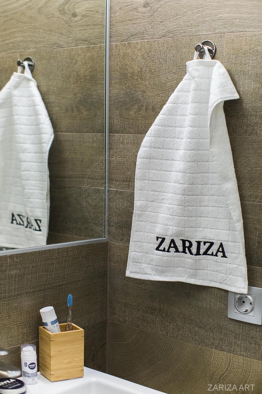 полотенце в ванной