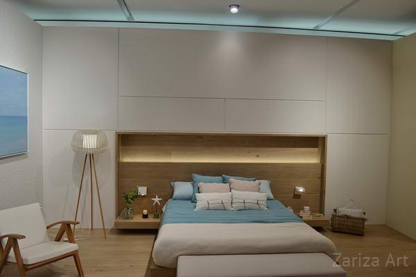 спальня и кровать