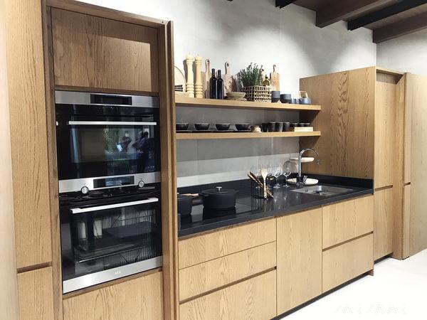 плитка венис на кухне