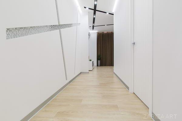 коридор вид на гостиную
